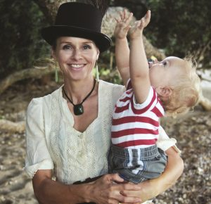 Mihingarangi Forbes and her son